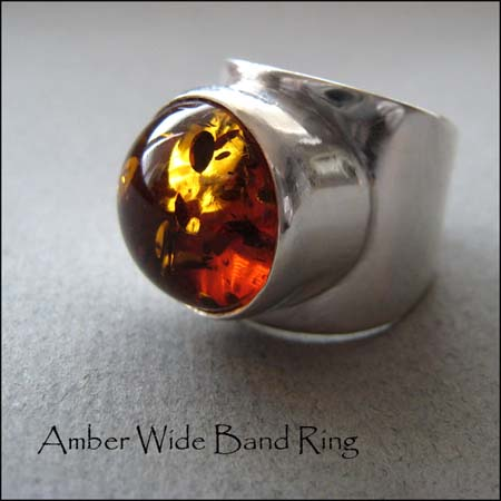 R - Amber Wide Band Ring