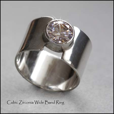 R - Cubic Zirconia Wide Ring