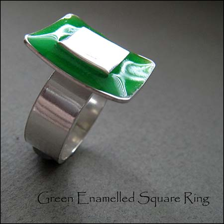 R - Green Enamelled Square Ring
