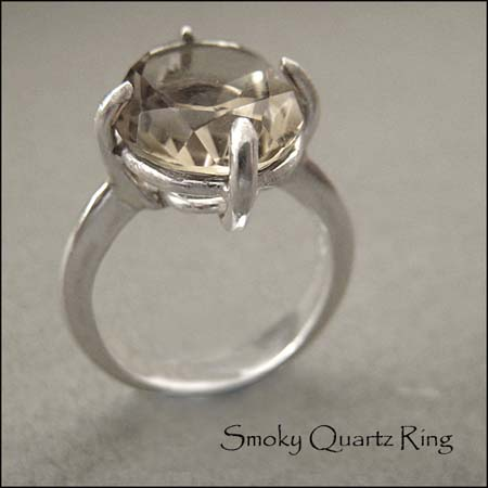 R - Smoky Quartz Ring